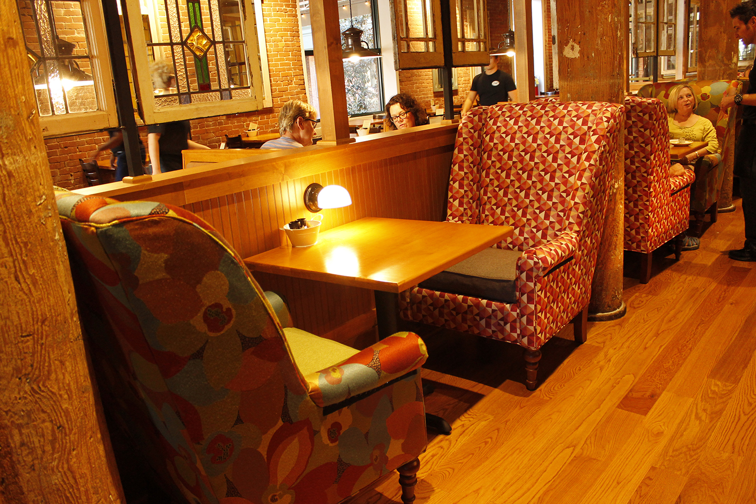Comfortable seating in Chattanooga's dining room.